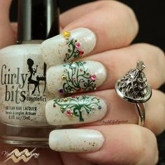 Christmas nail art, Christmas tree, Girly Bits Eggnogoholic, Mundo de Unas, UberChic Christmas 01