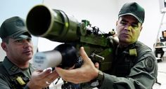 """Венецуелa: Одржава се велика војна вежба, учествује око 900.000 војника, резервиста и наоружаних цивила  Војска Венецуеле мобилисана је током викенда за војне вежбе као одговор на """"претњу"""" америчког председника Доналда Трампа. Могу се видети тенкови који се и"""