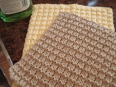 boxy washcloth/dishcloth. made as a dishcloth with lily farmhouse yellow/red and loved.