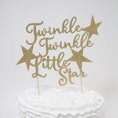 This is for one Twinkle twinkle little star cake topper in the colour of your choice. One side is glitter the back is white or ivory. Each