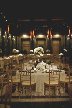 50 Chic And Eye-Catching Museum Wedding Ideas | HappyWedd.com