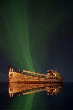 The Northern light Ghost ship ~ would love to see this Abandoned Ships, Abandoned Places, Beautiful Sky, Beautiful World, Ghost Ship, Haunted Places, Shipwreck, Natural Phenomena, Ciel