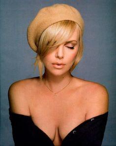 Charlize Theron / Шарлиз ТеронOriginal: http://faponstars.ru/charlize-theron-sexy-hot-nude-cl..#CharlizeTheron #ШарлизТерон #celebrity #celebs #stars #sexy #nude #hot #naked #знаменитости #звезды