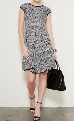 Alexander McQueen Black and White dress l Vaunte