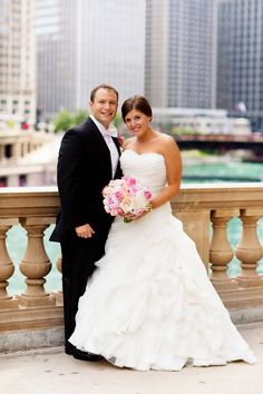The bride wore a ball gown featuring a sweetheart neckline and textured skirt. #ballgown Photography: Olivia Leigh Photographie. Read More: http://www.insideweddings.com/weddings/an-ombre-inspired-chicago-wedding-in-the-round/600/
