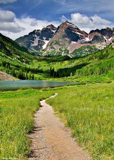 Maroon Lake. Aspen, Colorado Isaac Borrego on Flickr