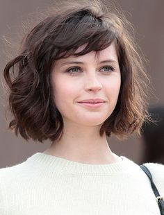 Short Cut Hairstyles with Bangs | http://www.short-haircut.com/short-cut-hairstyles-with-bangs.html