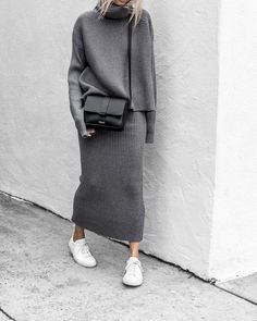Poptia Casual Turtle Neck Long Sleeve Plain Two-Piece Sweater Dress, Description: Sweater in horizontal knit with a turtle neck, long sleeves and long knit skirt. Style Année 80, Mode Style, Grey Style, Modest Fashion, Fashion Outfits, Fashion Trends, Sneakers Fashion, Fashion Clothes, Feminine Fashion