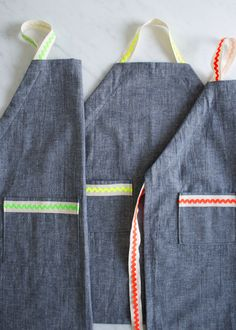 Molly's Sketchbook: Kid's Ric Rac Apron