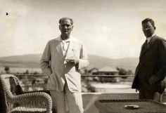 Şakir Zümre Atatürk'e Ait Anılarını Anlatıyor