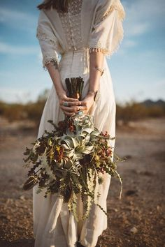 Southwestern desert bouquet with air plant | Image by Jonnie and Garrett