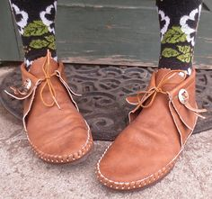 Near Mint Vintage TAOS Brown Leather Moccasins by delilahsdeluxe, $47.50