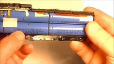 18650 Lithium-Ion Battery Harvesting From Old Laptop Battery Pack - YouTube