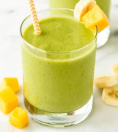 Frisse mango smoothie met komkommer
