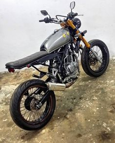 "Another custom project a.k.a masterpiece just reveal.... we make just like ""girl in chemise"" from zero to hero... from std kawasaki klx 150 going to classic scrambler a.k.a modern tracker... btw thanks boss coz belive in us to custom your lovely bike... keep support us... #dimotorsport #dimanaadakemahuandisituhabisduit #kauretardakumotard #kawasaki #klx150l #klx150s #custombodywork #bradstyle #caferacer #streettracker #caferacermalaysia #malaysia #classic #moderntracker  #customculture…"