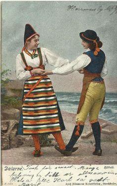 Couple from Rättvik, Dalecarlia. Vintage postcard.