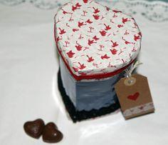 caja corazón con botella de plástico DIY