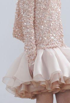 Julien Fournié Haute Couture S/S 2014 Detail Fashion Details, Love Fashion, High Fashion, Fashion Design, Luxury Fashion, Julien Fournié, Mode Rose, Modelos Fashion, Pastel Outfit