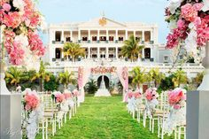 The venue Hold your breath, the venue for Arpita Khan and Aayush Sharma's wedding is a beautiful Palace converted into hotel in Hyderabad Unusual Wedding Venues, Luxury Wedding Venues, Destination Wedding Locations, Inexpensive Wedding Venues, Wedding Destinations, Wedding Events, Bollywood Wedding, Desi Wedding, India Wedding