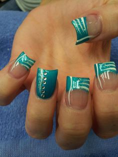 42 Stunning French Nails You Can Go Crazy Over. Diy Nails, Cute Nails, Pretty Nails, Teal Nails, Fabulous Nails, Gorgeous Nails, French Nails, French Pedicure, Nagel Hacks