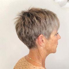 Pixie Haircut For Thick Hair, Thin Hair Cuts, Short Choppy Hair, Short Hairstyles For Thick Hair, Haircut For Older Women, Older Women Hairstyles, Short Hair Cuts For Women, Short Hair Styles, Short Pixie Haircuts