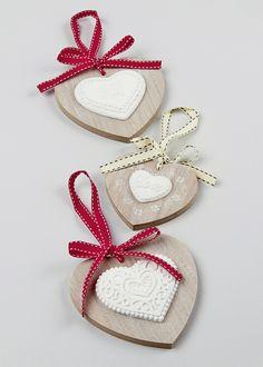 Set of 3 Hanging Hearts - Matalan