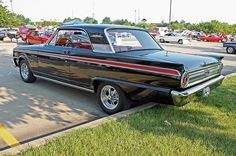 1963 Ford Fairlane 500 Sports Coupe (7 of 9)