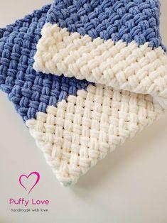 Finger Knitting Blankets, Hand Knit Blanket, Easy Baby Blanket, Chunky Blanket, Easy Knitting, Plush Baby Blankets, Knitted Afghans, Knitted Baby Blankets, Baby Afghans