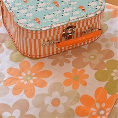 drap plat simple fleurs orange kaki vintage - deco-graphic.com