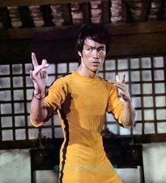 "mintmintm: ""Happy birthday to Bruce Lee, The Martial Art Master, an actor and also a philosopher. Bruce Lee Games, Bruce Lee Art, Bruce Lee Martial Arts, Bruce Lee Movies, Jackie Chan, Eminem, Bruce Lee Collection, Bruce Lee Pictures, Kalash"