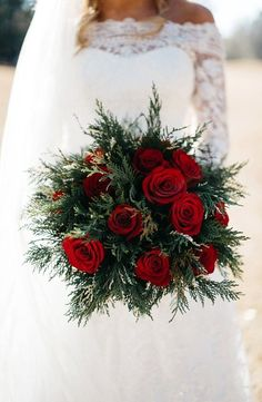 Beautiful for a Christmas wedding - Winter Christmas Wedding Bouquets, Winter Wedding Flowers, Red Wedding Bouquets, Christmas Wedding Decorations, Winter Weddings, Winter Wedding Ideas, Autumn Wedding, Spring Wedding, Winter Wedding Dresses