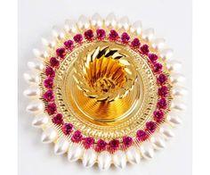 Gold and Pearl Diya with 500 gms Kaju Katli - Online Shopping for Diyas and Lights by Ghasitaram Gifts Diwali Diya, Diwali Craft, Diwali Gifts, Kalash Decoration, Diwali Decoration Items, Wedding Decoration, Rangoli Designs Diwali, Candle Holder Decor, Festival Decorations