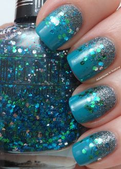 Blue Gradient Glitter & Confetti Nails