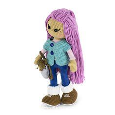 Free Molly Doll crochet pattern designed by Amigurumi Today Doll Amigurumi Free Pattern, Crochet Amigurumi Free Patterns, Crochet Cardigan Pattern, Crochet Doll Pattern, Crochet Stitches Patterns, Amigurumi Doll, Crochet Doll Clothes, Knitted Dolls, Crochet Doll Tutorial