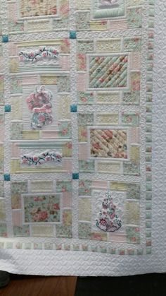 The Secret Garden - Quilt Pictures, Patterns & Inspiration. Longarm Quilting, Free Motion Quilting, My Secret Garden, Quilting Designs, Quilt Patterns, Free Pattern, The Secret, Applique, Quilt Pictures