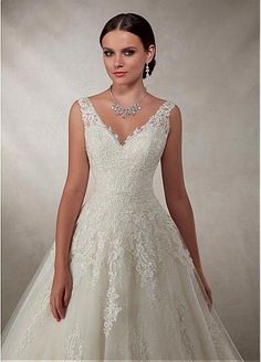 Glamorous Tulle V-neck Neckline A-line Wedding Dress With Lace Appliques