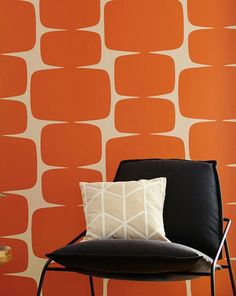 £56.97 Price per roll (per m2 £8.22), I love the 70s , Carrier material: Non-woven wallpaper, Surface: Smooth, Look: Matt, Design: Graphic elements, Basic colour: Cream, Pattern colour: Orange, Characteristics: Good lightfastness, Low flammability, Strippable, Paste the wall, Wash-resistant