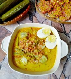 Food N, Food And Drink, Good Food, Indonesian Cuisine, Indonesian Recipes, Resep Cake, Asian Recipes, Ethnic Recipes, Curry
