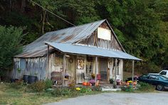 Penn's Store in KY - The oldest country store in America run by the same family since 1850