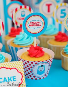Train Birthday Party Cupcakes #trainparty #cupcakes