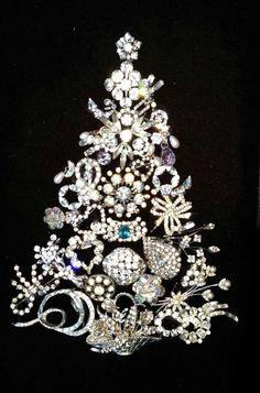 Costume Jewelry Crafts, Vintage Jewelry Crafts, Recycled Jewelry, Jewelry Frames, Jewelry Tree, Yoga Jewelry, Hippie Jewelry, Tribal Jewelry, Diy Jewelry
