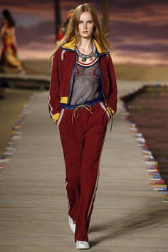 Tommy Hilfiger Spring 2016 Ready-to-Wear Collection Photos - Vogue. Model: Rianne van Rompaey