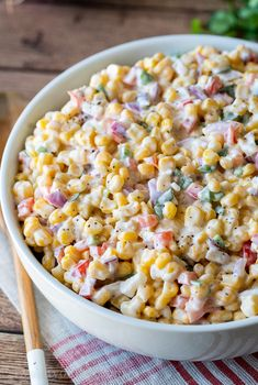 Creamy Corn Salad Recipes is One Of Beloved Salad Of Many Persons Round the World. Besides Easy to Make and Excellent Taste, This Creamy Corn Salad Recipes Also Healthy Indeed. Corn Salad Recipes, Summer Salad Recipes, Corn Salads, Summer Salads, Chicken Corn Salad Recipe, Salads For Bbq, Cold Corn Salad, Corn Salad Recipe Easy, Frito Corn Salad