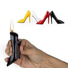 En şık çakmak Kadınların vazgeçilmezi topuklu ayakkabılar artık çakmak formunda. Topuklu Ayakkabı Çakmak 4 farklı rengi ile görenleri kendine hayran bırakacak, hediye ettiğiniz kişiyi de mutluluktan havalara uçuracak. http://www.buldumbuldum.com/hediye/topuklu_ayakkabi_cakmak/