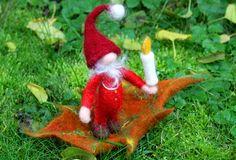 Weihnachtswichtel+Anselm+morgens+5+Uhr+30,+gefilzt+von+Frau+Brunsels+Filz+auf+DaWanda.com