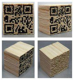 QR Code realizzato con i fiammiferi svedesi. Provate a fare il Vostro !Qrcodes alumettes. Cr Code, Barcode Art, Decoding, Sculpture, Visual Merchandising, Dress Codes, Software, Tech, Design