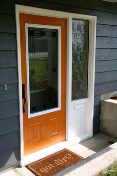 Benjamin moore ~ Buttered Yam This is our front door color Exterior Door Colors, Best Exterior Paint, House Paint Exterior, Exterior Doors, Exterior Design, Orange Front Doors, Front Door Colors, Pintura Exterior, Painted Front Doors
