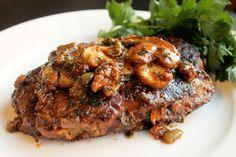 Creole Contessa: Creole Salisbury Steak with Mushroom Gravy