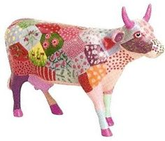 (I actually had this one, untill it fell and broke in pieces:S) Cow Parade, Mosaic Animals, Cute Cows, Cow Art, Decoupage, Futurama, Paper Clay, Pet Birds, Whimsical