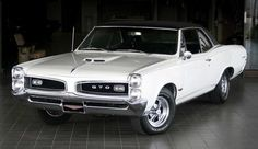 ❦ 1966 Pontiac GTO Coupé Hardtop  [I loved my '66. It was a black convertable with white interior. Whatta blast!]